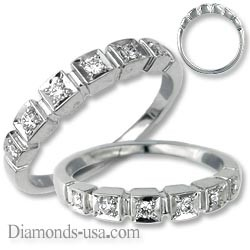 Wedding or anniversary ring with side diamonds