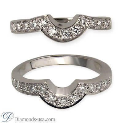Wedding ring with 0.25 carat diamonds