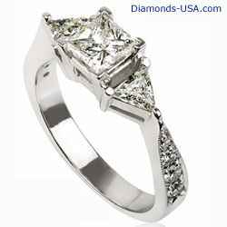 3 stone diamond ring with triangle sides