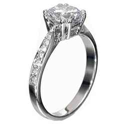 Double prongs designers engagement ring