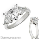 Picture of Engagement ring with side diamond Triangles