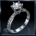 Picture of Martini Prongs head with side diamonds