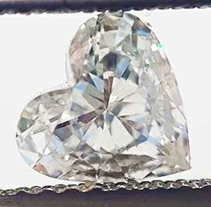 Picture of 0.61 Carats, Heart Diamond with Very Good Cut, F Color, VS2 Clarity and Certified By EGS/EGL