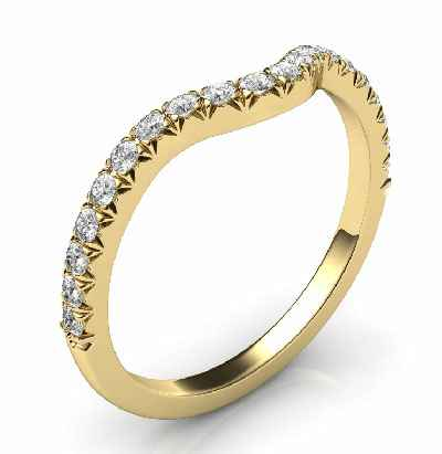Matching wedding band for delicate round halo engagement ring