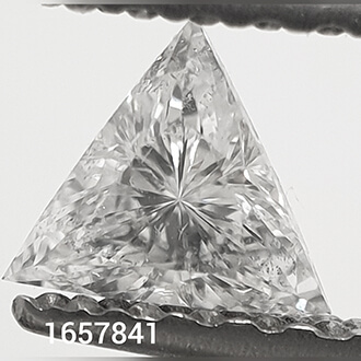 Picture of 0.19 Carats, Triangle Diamond with Very Good Cut, E Color, SI1 Clarity and Certified By CGL