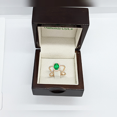 Emerald and diamonds ring in 14k Gold, White, Rose or Yellow .