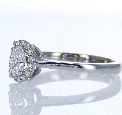 Ready to ship, 0.30 carat Oval diamond G VS1 +0.12 Carat sides engagement ring, in 14k White Gold