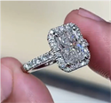 Picture of Copy of Halo engagement ring for larger diamonds